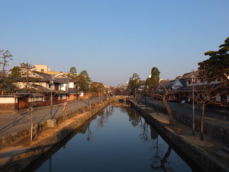 倉敷美観地区の朝
