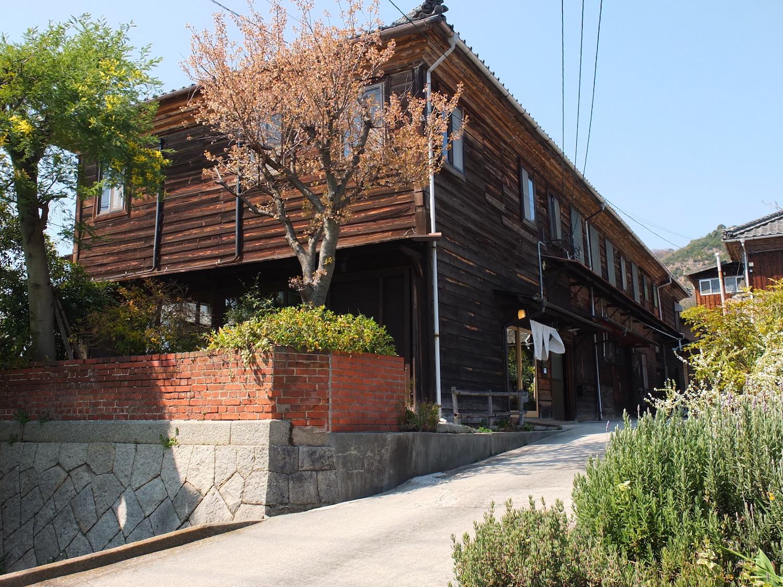 築120年以上の織物工場をリノベーションしたcottle(コトル)のお店
