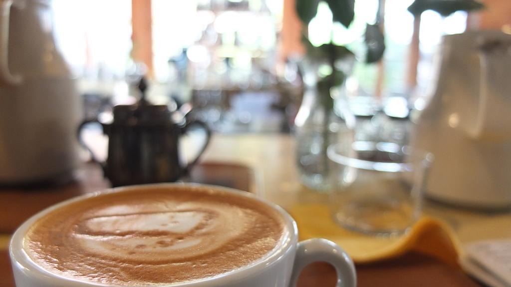 Cafe Gewa(カフェゲバ)のカフェラテ